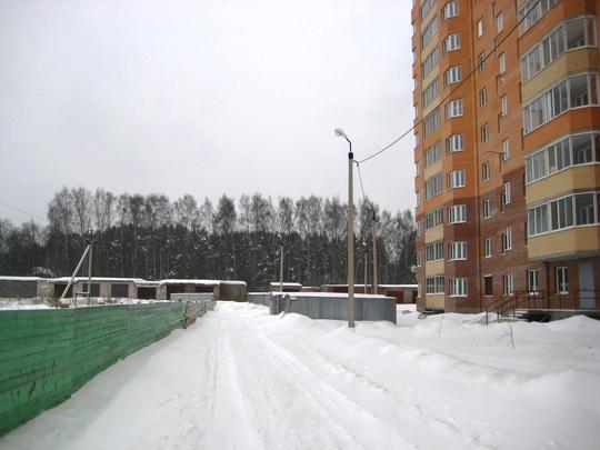 Расстояние между домом и забором завода
