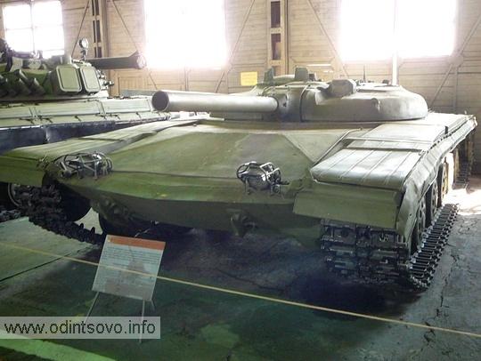 Опытный ракетный танк, объект 775