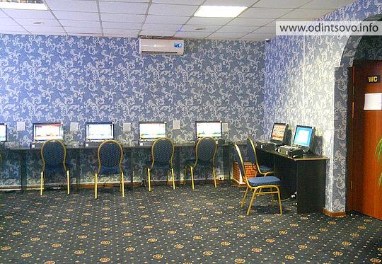 залы игровых автоматов в москве