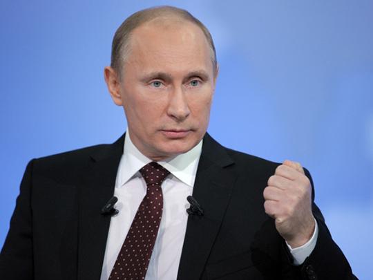 Путин: Топ-менеджерам компаний необходимо быть скромнее при строительстве недвижимости