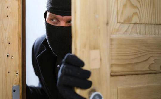 Картинки по запросу кража из частного дома