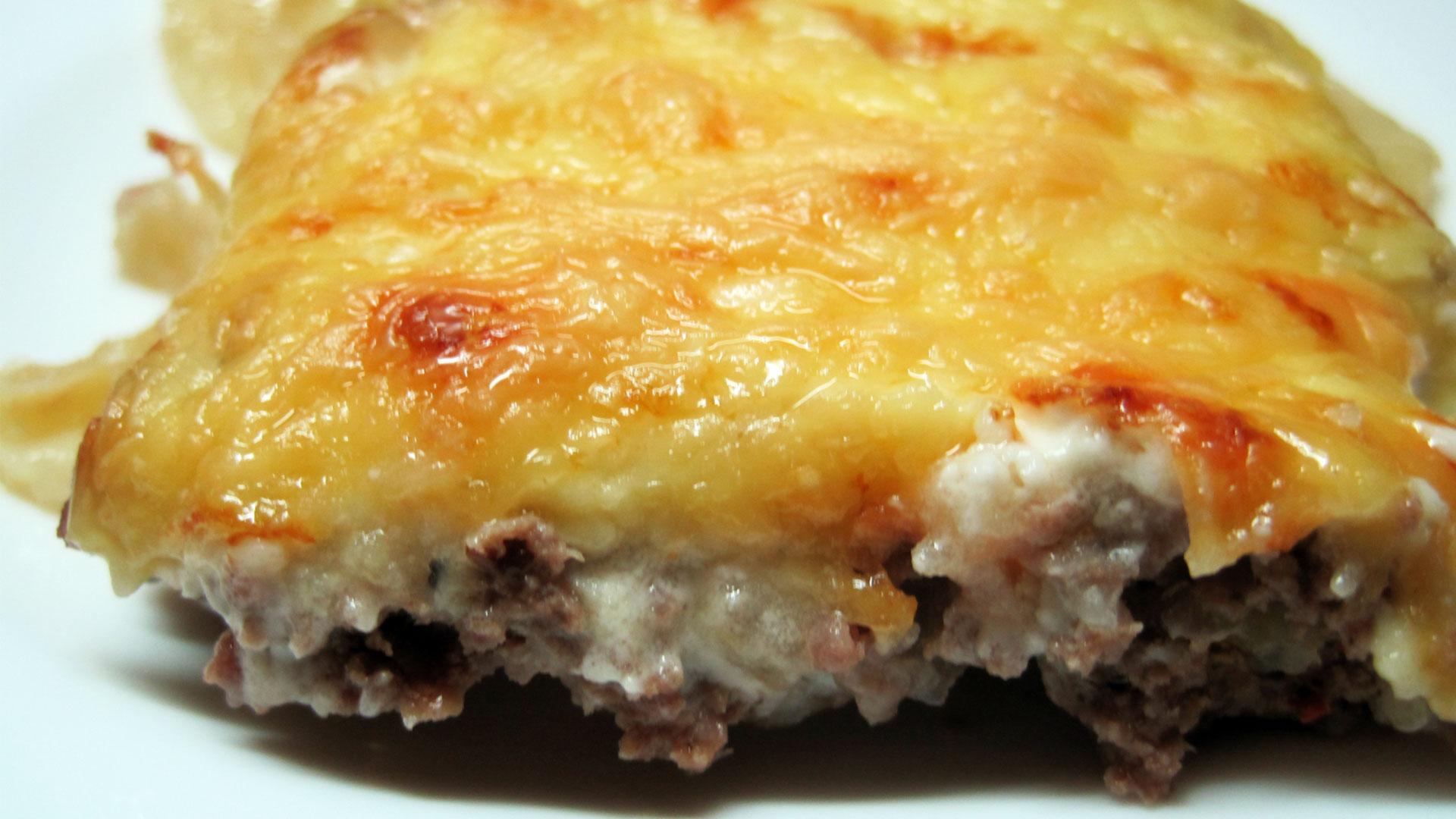 Картофель с говяжьим фаршем в духовке рецепт пошаговый