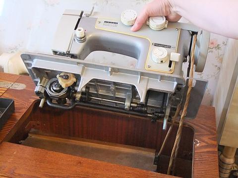 Ремонт швейной машины тойота своими руками 43