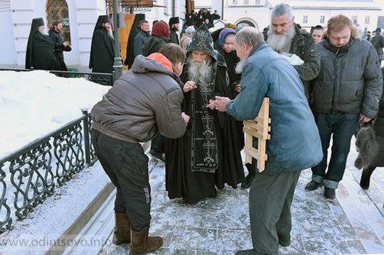 Старей Илий, схиархимандритом в в Преображенском храме в Переделкино