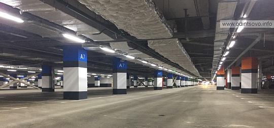 ТЦ «Вегас» Кунцево: подземный паркинг, ТЦ «Вегас» в Кунцево встретил первых покупателей