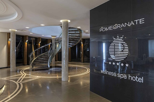 Гостиница Pomegranate Wellness Spa Hotel в Греции, Сентябрь