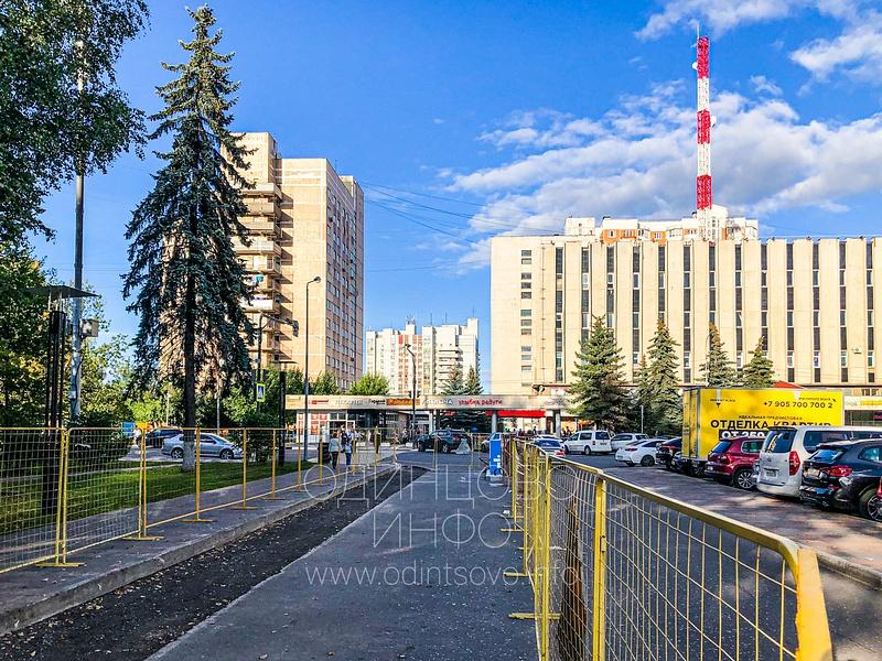 Ограждения на парковке у администрации, Парковку у администрации Одинцовского округа сделают платной