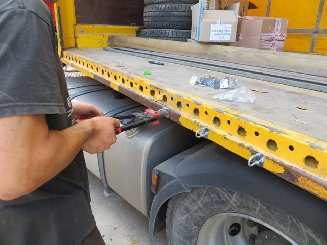 Крепление тента на автомобиль, Особенности изготовления тентов для грузовых автомобилей